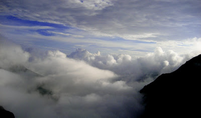 Clouds @ Shrikhand Mahadev (Kullu, HP)