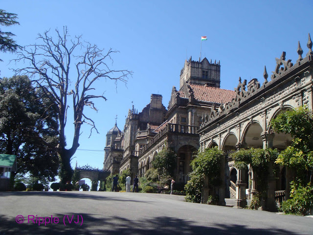 Posted by Ripple(VJ): First view from second gate to Viceregal Lodge, Shimla