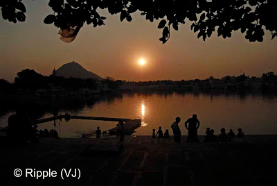 Posted by Ripple (VJ) :  Pushkar Camel Fair 2008 : Sunset View from Jaipur-Ghat @ Pushkar