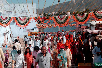 Posted by Ripple(VJ) : Glimpses of Pushkar-Ghats around Puhkar-Lake during Camel Fair-2008 (Pushkar Lake is actually surrounded by different Ghats/Temples... ):: People going to Bramh Temple after 'Snan' in Pushkar Lake...