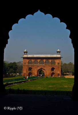 Posted by Ripple (VJ) : A Sunny Day at Red Fort... : ripple, Vijay Kumar Sharma, ripple4photography, Frozen Moments, photographs, Photography, ripple (VJ), VJ, Ripple (VJ) Photography, Capture Present for Future, Freeze Present for Future, ripple (VJ) Photographs , VJ Photographs, Ripple (VJ) Photography: Entrance for Diwan-I-Aam @ Red Fort, Old Delhi, India