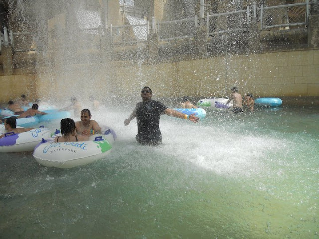 Wild Wadi Water Park @ Jumeirah International (Dubai Water Theme Park) : Weekend Masti by Shashi with his friends... : Posted by SHASHI at www.travellingcamera.com : Wild Wadi is an outdoor water park with a heated/cooled wave pool, multiple water slides and two artificial surfing machines. In addition, the park has the largest water slide outside of North America... Here are few photographs of  Wild Wadi Water Park in DUBAI...Me @  Wild Wadi Water Park, DUBAI...Master Blaster slides are best described as