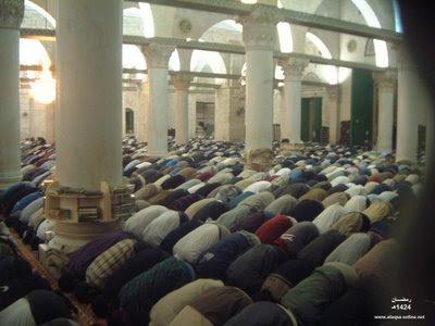 مآخذ على يفعله بعض الأئمة دعاء القنوت رمضان