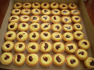 Cheese tart (blueberry, strawberry,kiwi) RM30 for 50 pcs