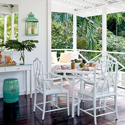 We Love ... bamboo furniturea classic look from Palm Beach to Santa Monica. This vintage set got a face-lift with fresh white paint.