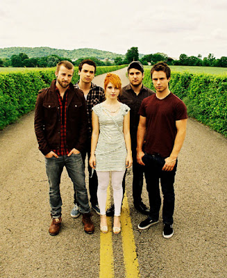 "Paramore - ""Brand New Eyes"" (2009) — Aggro Is The New Orange!"