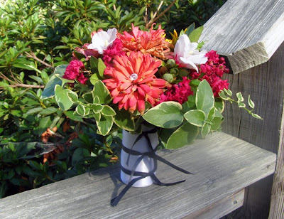 Wedding Bouquets Wholesale on Va  Scrap Flower Bouquet   Test Of Hand Tied Foam Bouquet Holder