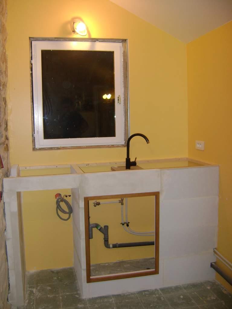 Le blog de la famille chanussot fin septembre 2010 une cuisine en b ton - Le beton cellulaire est il hydrofuge ...
