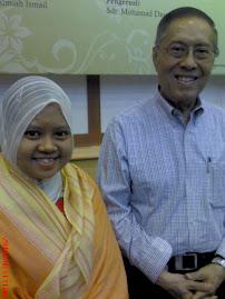 bersama Prof Emiretus Budi Dhama