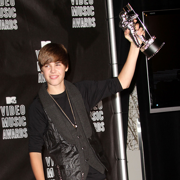 Justin Bieber Wins 2010 VMA Best New Artist