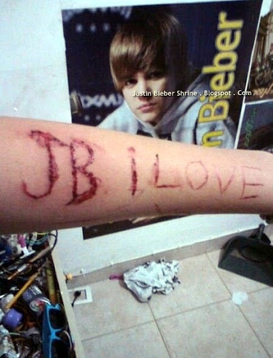 Bielieber with CUTTING YOURSELF DISORDER