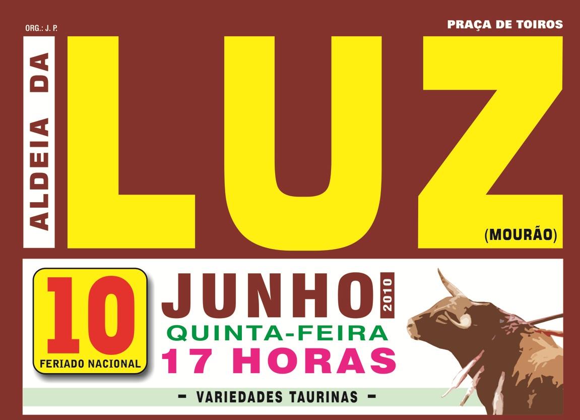 Touradas variedades taurinas em aldeia da luz for Espectaculo de variedades
