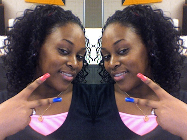 && IM SENIOR YR IS JUS LUV PEACE && HAIR GREASE 4 MY HATERS