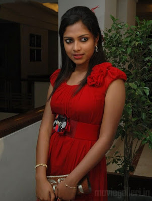 Amala Paul Hot Still