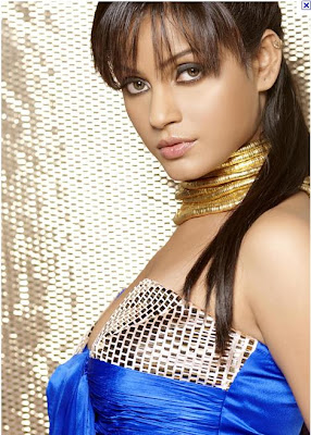 Neetu Chandra Hot