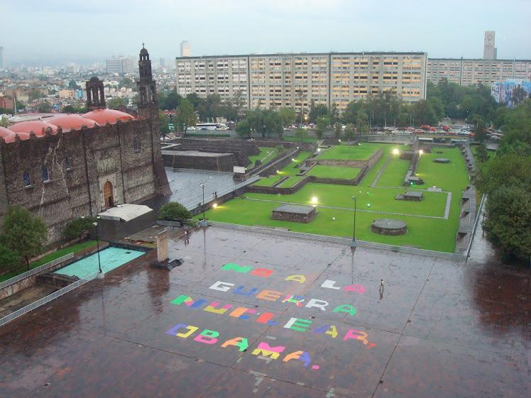 Para el premio Nobel de la Paz. 11(y 12) de agosto del 2010, Tlatelolco, México.