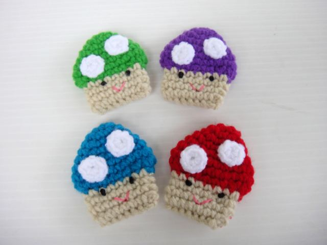 More Crochet Applique - Baby Pudding, Baby Mushroom and Baby Cupcake!