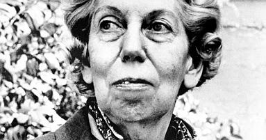 the story of phoenix in the novel a worn path by eudora welty A worn path by eudora welty an old black woman named phoenix, who follows a worn path during christmas in the story, phoenix tries to ask a white man and a.