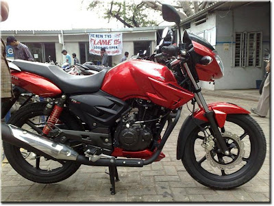 New TVS Apache RTR 160 with Tank Scoops
