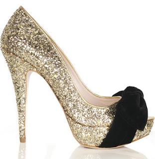 http://2.bp.blogspot.com/_Y6TYJrWxu6M/TJ7HYFMOoHI/AAAAAAAAAfY/u_r-WpKlHco/s1600/miu-miu-glitter-peep-toe-pu.jpg