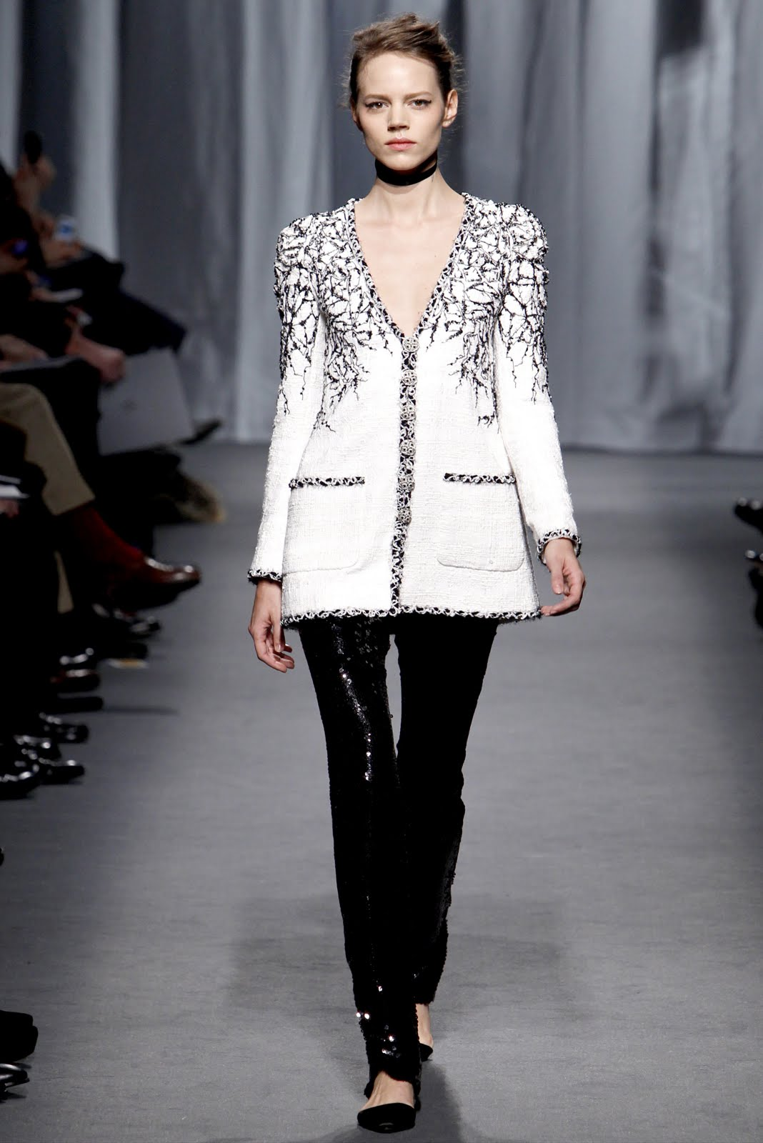 Freja beha chanel haute couture for Haute couture jacket