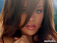 chicas rubias chicas bellas chicas masRihanna