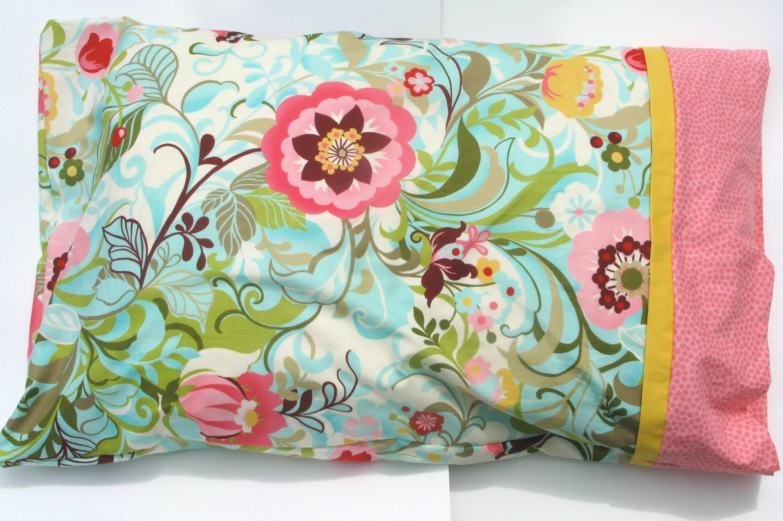 How To Make Cute Pillow Cases : DIY: Pillow Cases - Caroline Hulse Blog