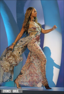 beyonce knowles sexy feet, legs, booty