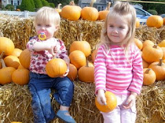 Fall Pumpkins Make Us Smile 2008