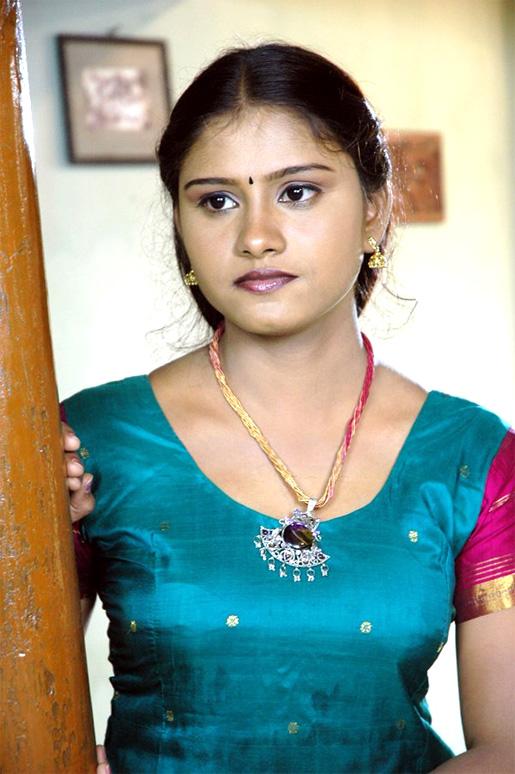 Soothu Adi Vangum Tamil Pengal Peperonity. Photos Tamil