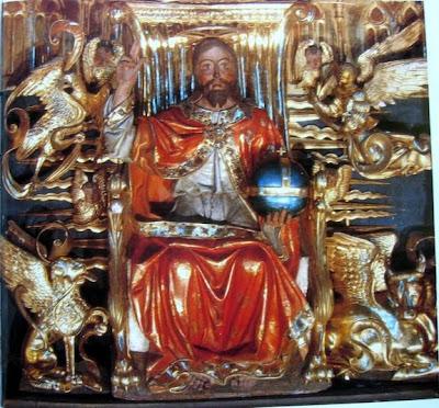 Símbolos Paganos en el arte religioso católico TETRAMORFOS_CATEDRAL_DE__OVIEDO.-