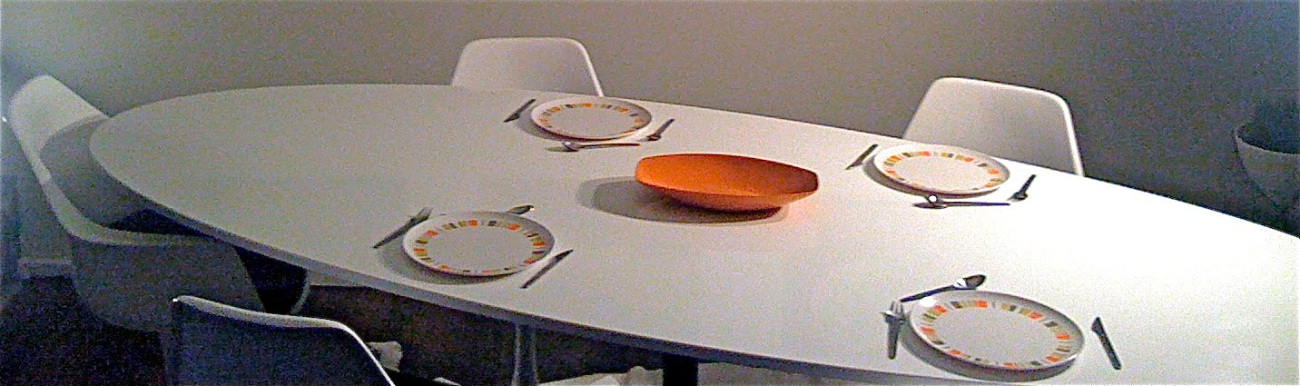 Mid Century Modern Oval Tulip Table — LiveModern: Your Best Modern ...