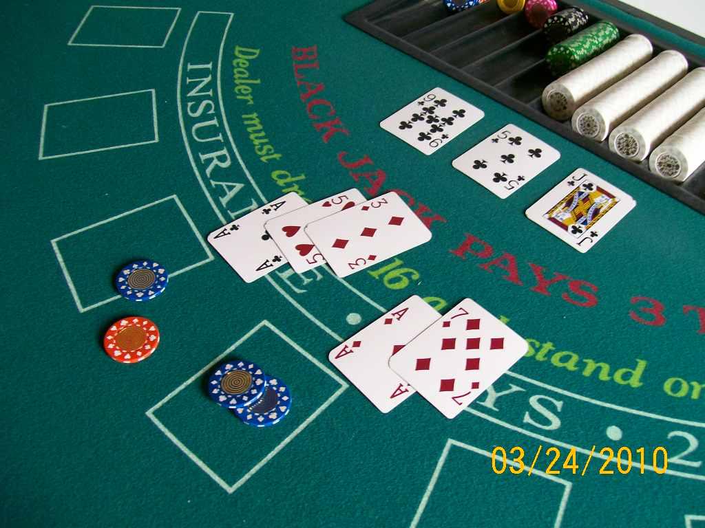 Elmo_blues poker