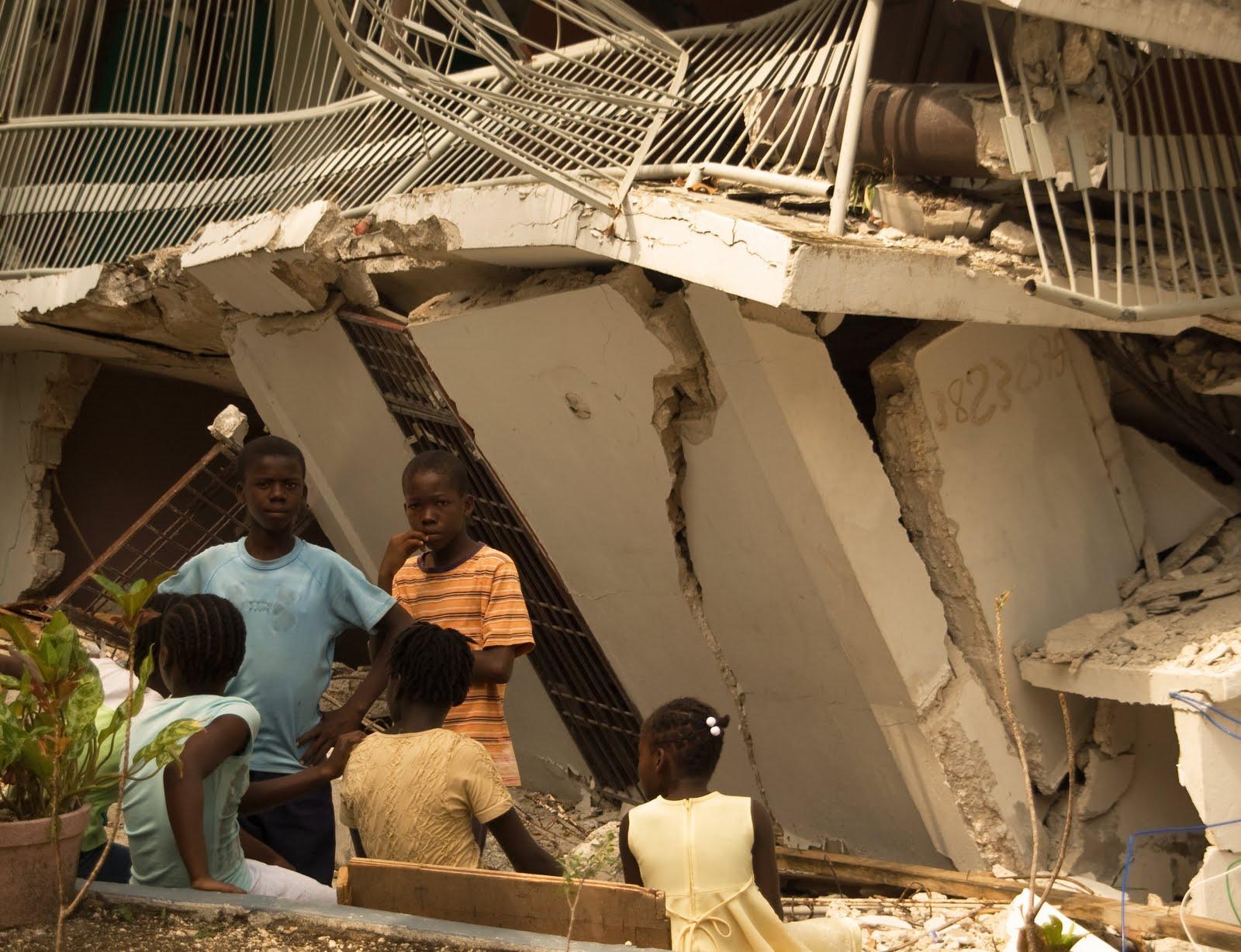 Axelle horstmann sainte marie canape vert port au for Canape vert haiti
