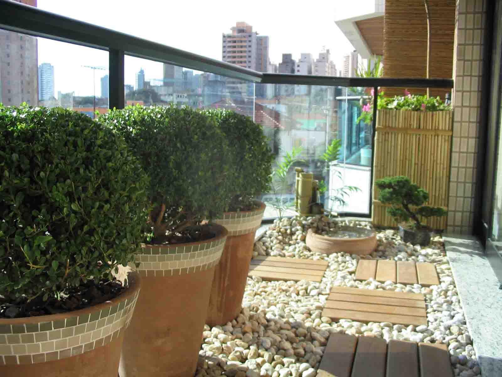 #694C2E  plantas eu se quer um jardim ..o espaço é bem grande mais 1600x1200 px sonhar banheiro grande