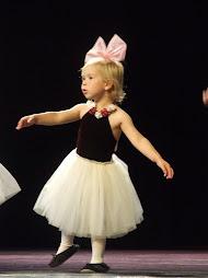 Pretty Dancer
