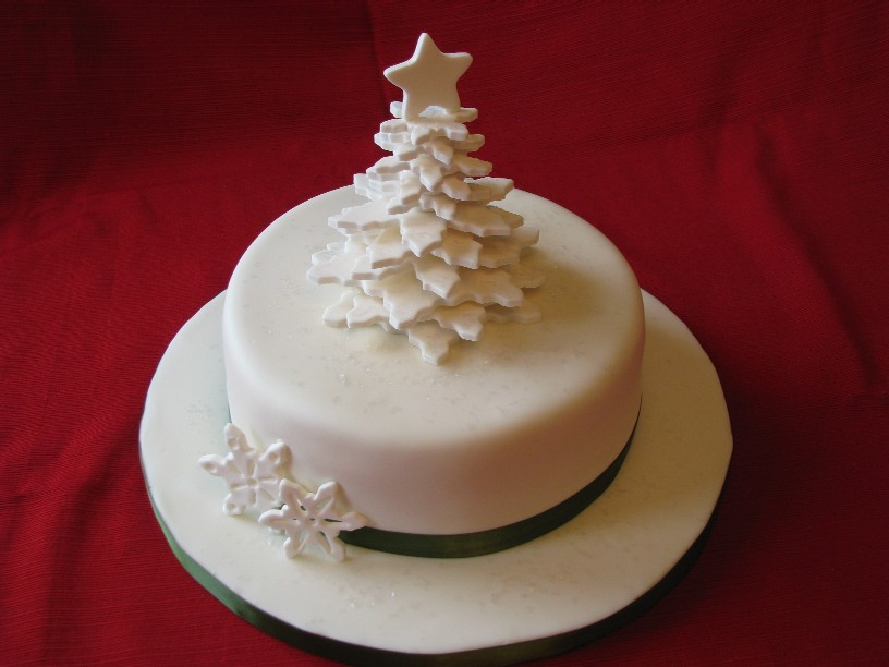 Fondant Cake Designs For Christmas : cake by gretchen: December 2010