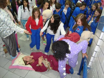 Colégio Criativo - Volta as Aulas Dia do Pijama