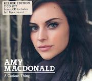 Amy MacDonald é uma cantora escocesa que faz um som misturando pop e rock.
