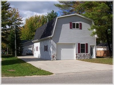 Gladwin real estate news 3517 lakeshore dr gladwin mi for 24x40 garage