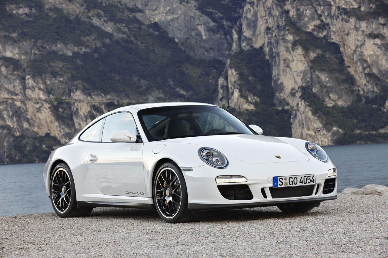 top cars 2011 porsche 911 carrera gts. Black Bedroom Furniture Sets. Home Design Ideas