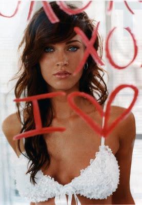 Megan Fox en la galería 'Actrices frente al espejo' de elhombreperplejo.com
