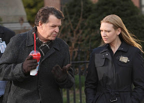 FRINGE: Walter (John Noble, L) and Olivia (Anna Torv, R) discuss evidence in the FRINGE episod 'The Road Not Taken' airing Tuesday, May 5 (9:01-10:00 PM ET/PT) on FOX. ©2009 Fox Broadcasting Co. Cr: Craig Blankenhorn/FOX