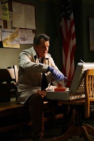 FRINGE: Walter (John Noble, L) investigates a missing-persons case in the FRINGE episode 'Night of Desirable Objects' airing Thursday, September 24 (9:00-10:00 PM ET/PT) on FOX. ©2009 Fox Broadcasting Co. CR: Liane Hentscher/FOX