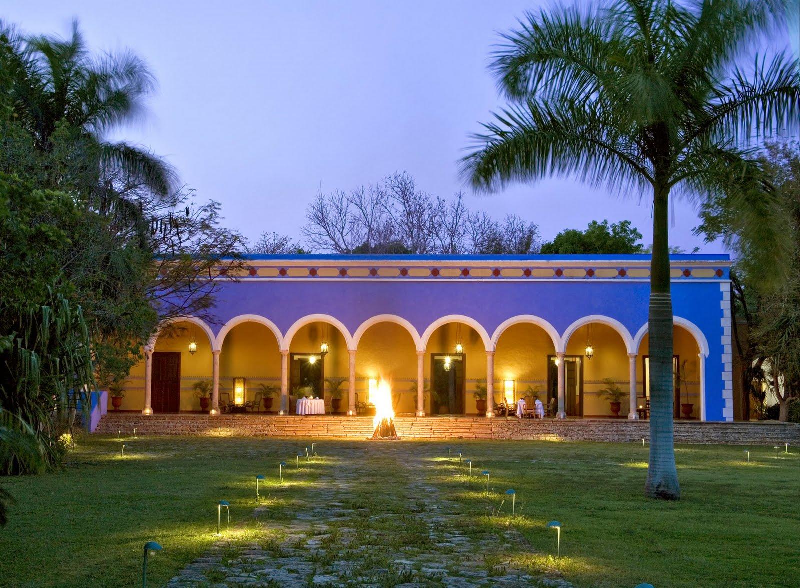 1000 images about haciendas on pinterest for Colores para fachadas