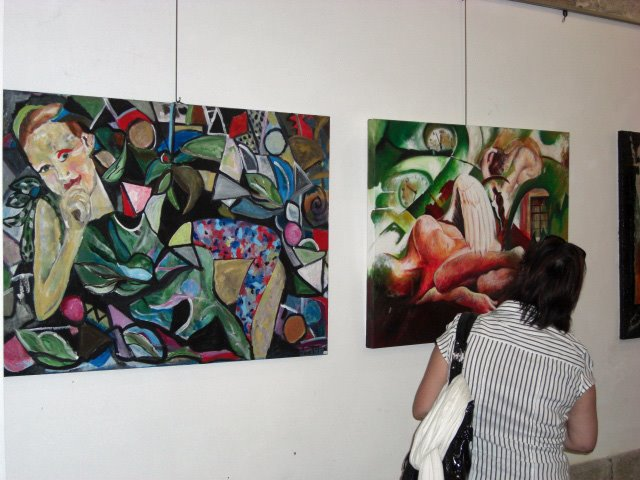 Sara and Elisabete work's