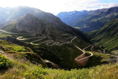 the most amazing 640 30 The Most Amazing Roads in the World (41 pics)