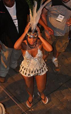 beyonce-knowles-alicia-020909-6 Alicia & Beyonce sous le soleil de Rio