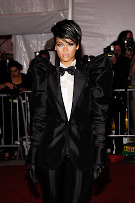 RihannaAtTheMET2 Risky Rihanna