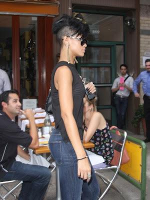 rihanna-shaved-head-photos-500x667 Shaved Head Movement: Rihanna